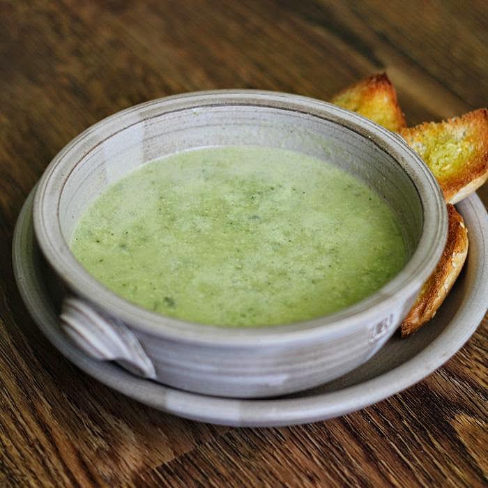 Cuketová polévka veganská