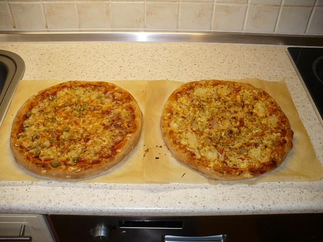 Italská pizza (Neapol)- 2*30cm