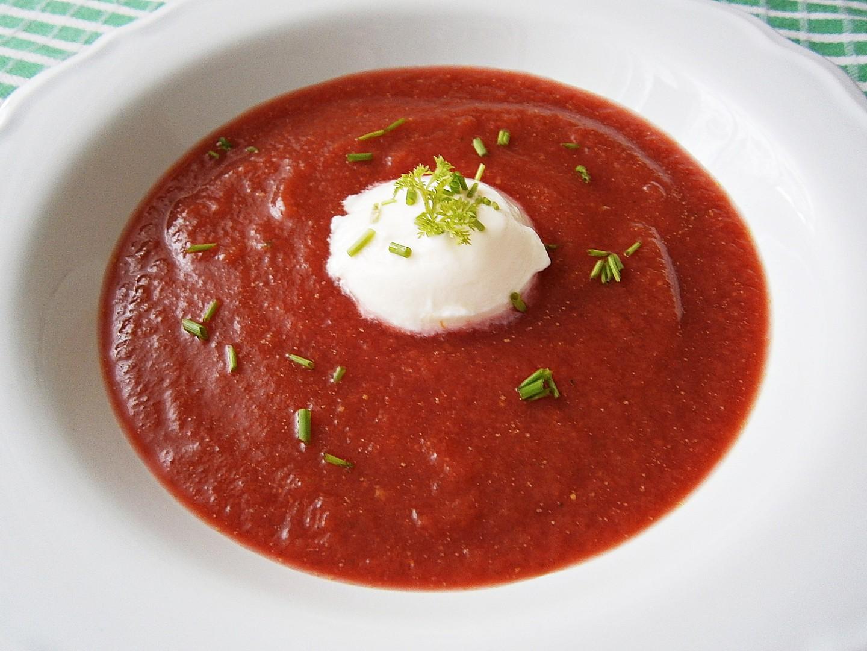 Jablečno-zeleninová polévka
