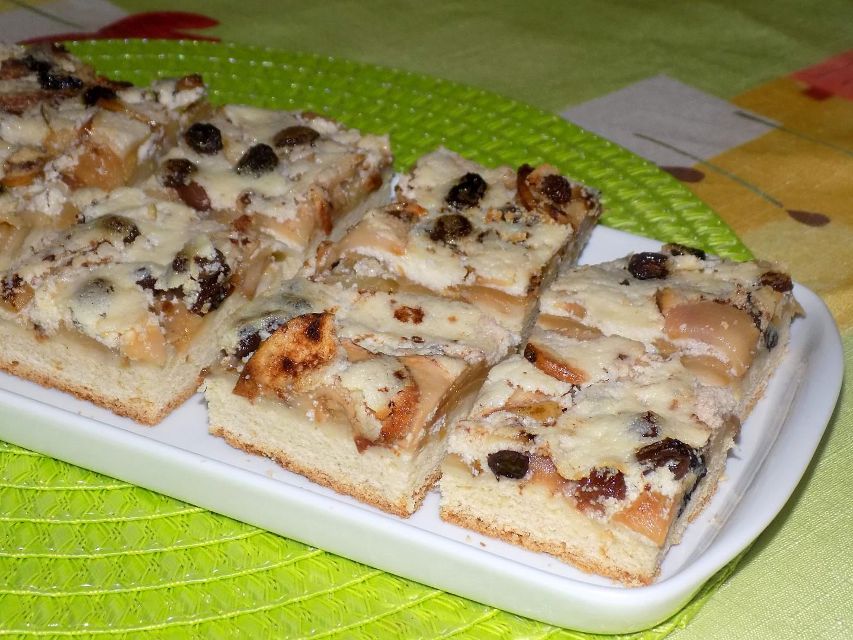 Jablečný koláč s krémem