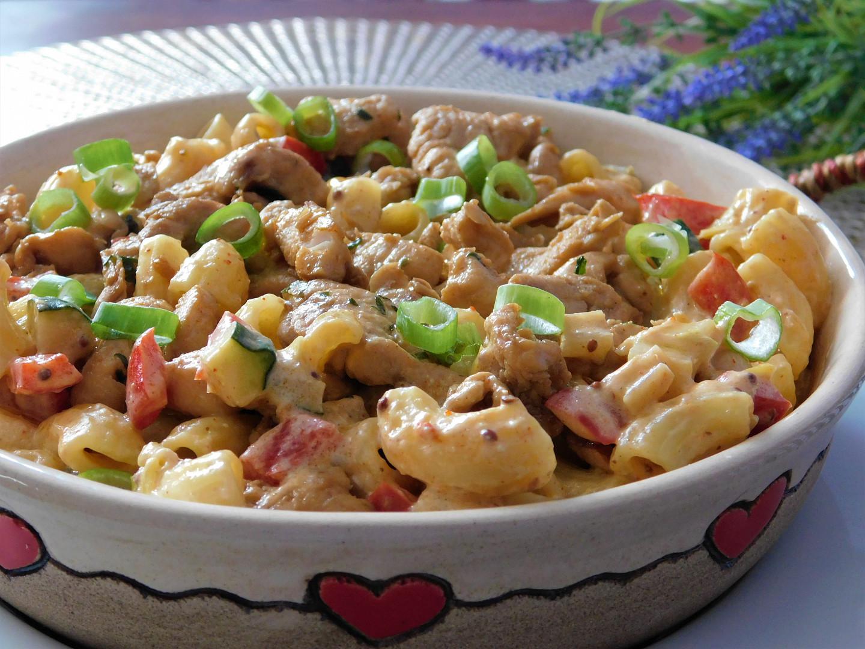 Krémové těstoviny s kuřecím masem
