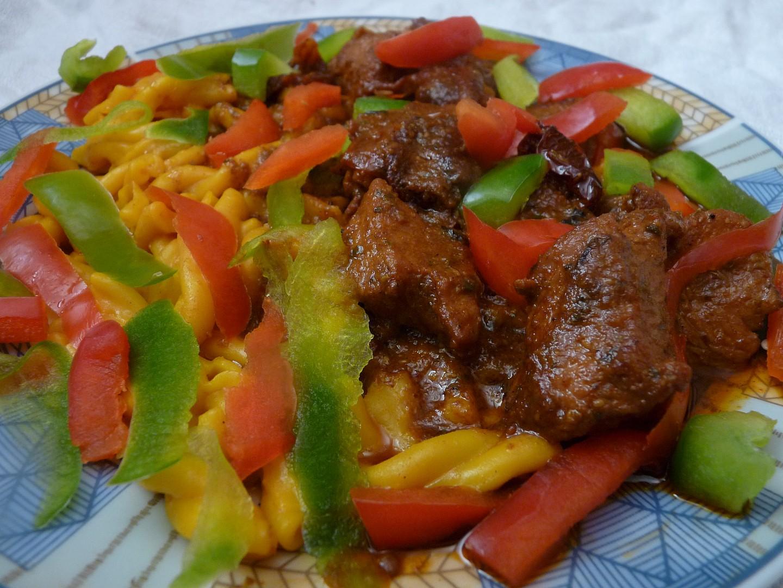 Krůtí na sušených rajčátkách s paprikou a pestem