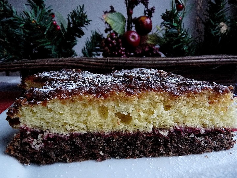Makový dortík s voňavým piškotem