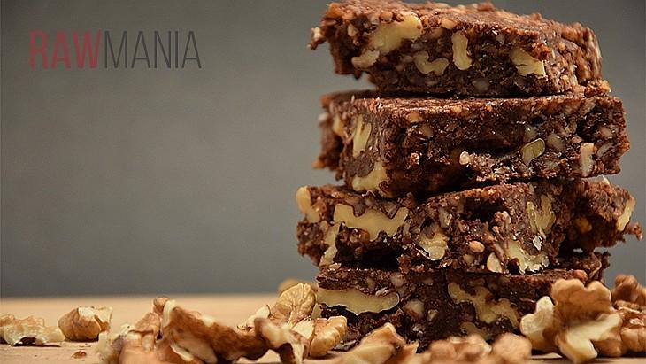 Nepečené brownies s vlašskými oříšky