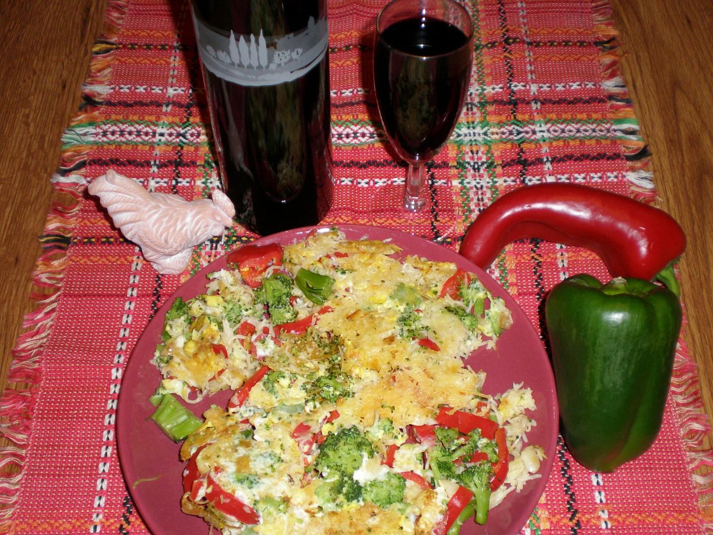 Omeleta z instantních nudlí se zeleninou