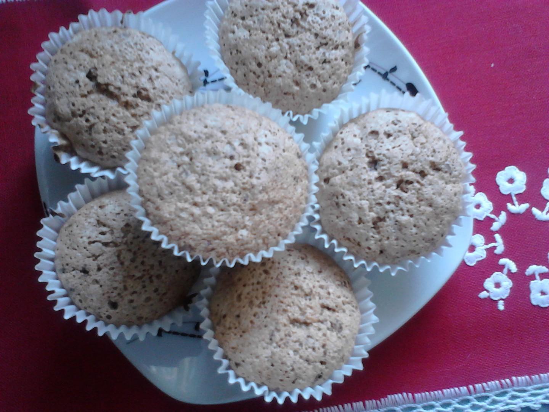 Ořechové muffiny s čokoládou