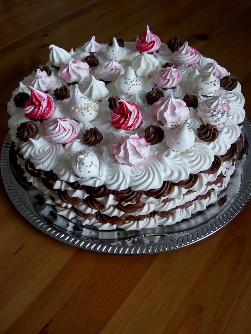 Pěnový dort