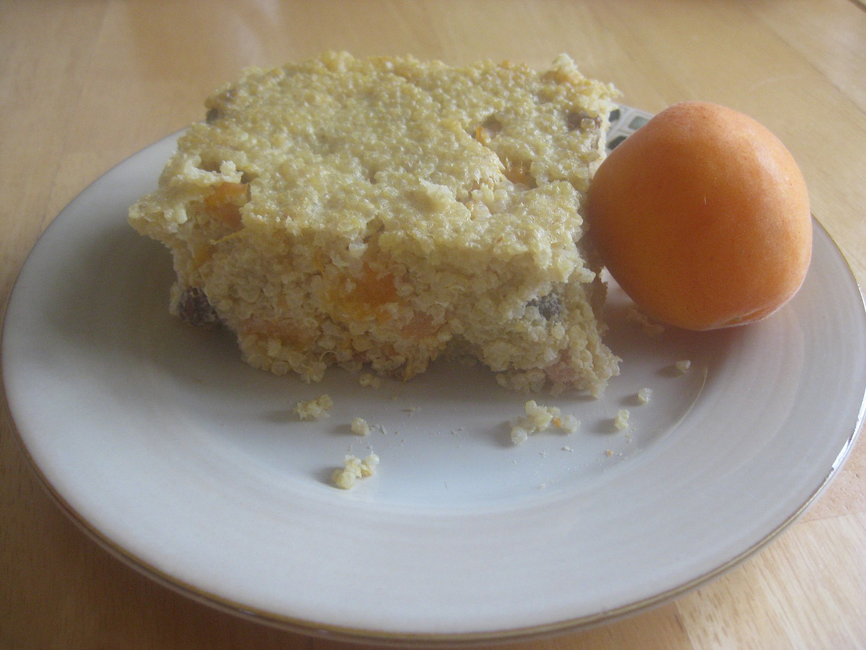 Quinoa nákyp s meruňkami