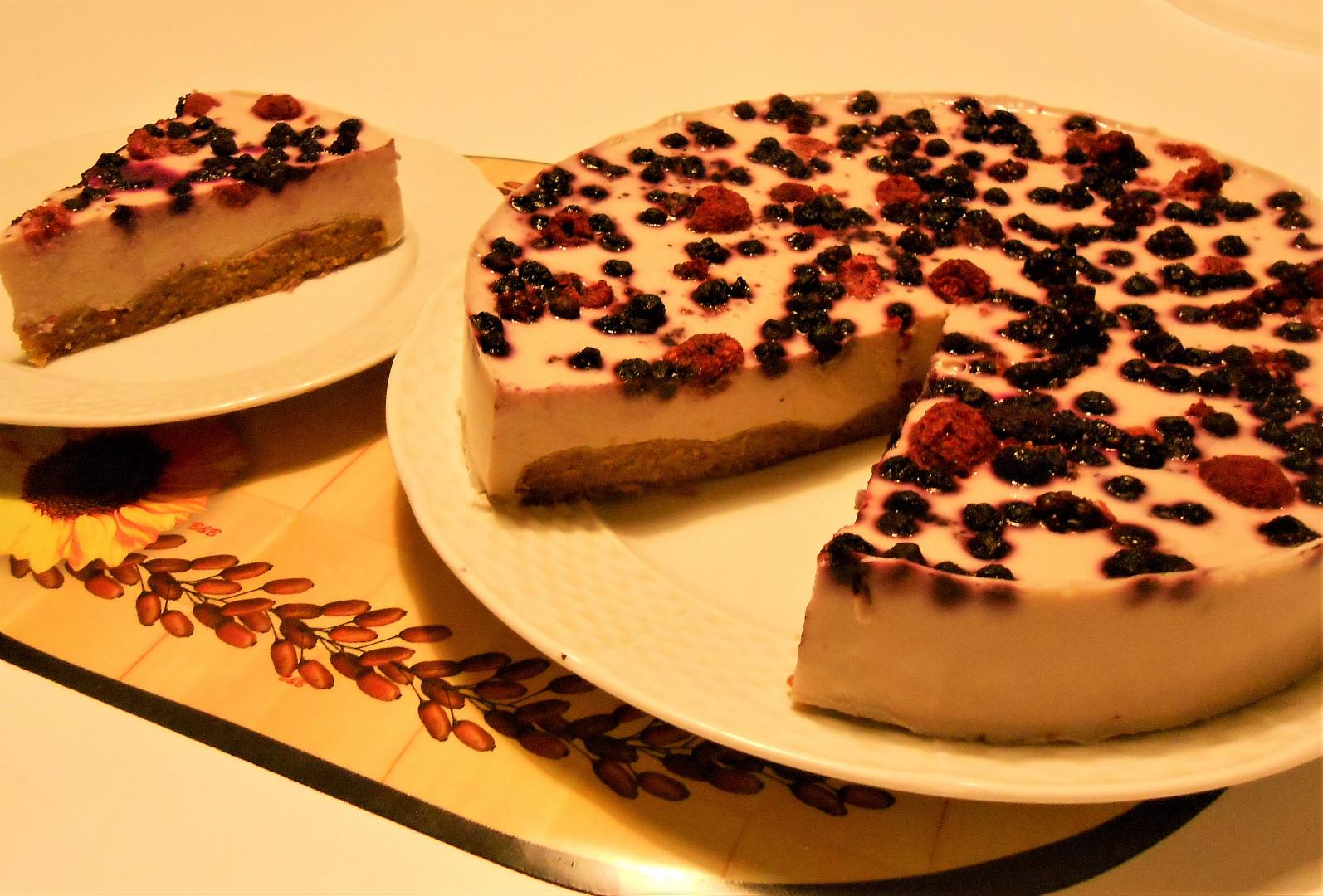 Rybízový dort s tofu a agarem (Dělená strava podle LK - Kytky+ovoce)