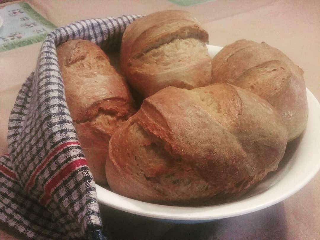 Rychlé chlebíky bez hnětení (úžasně křupavé)