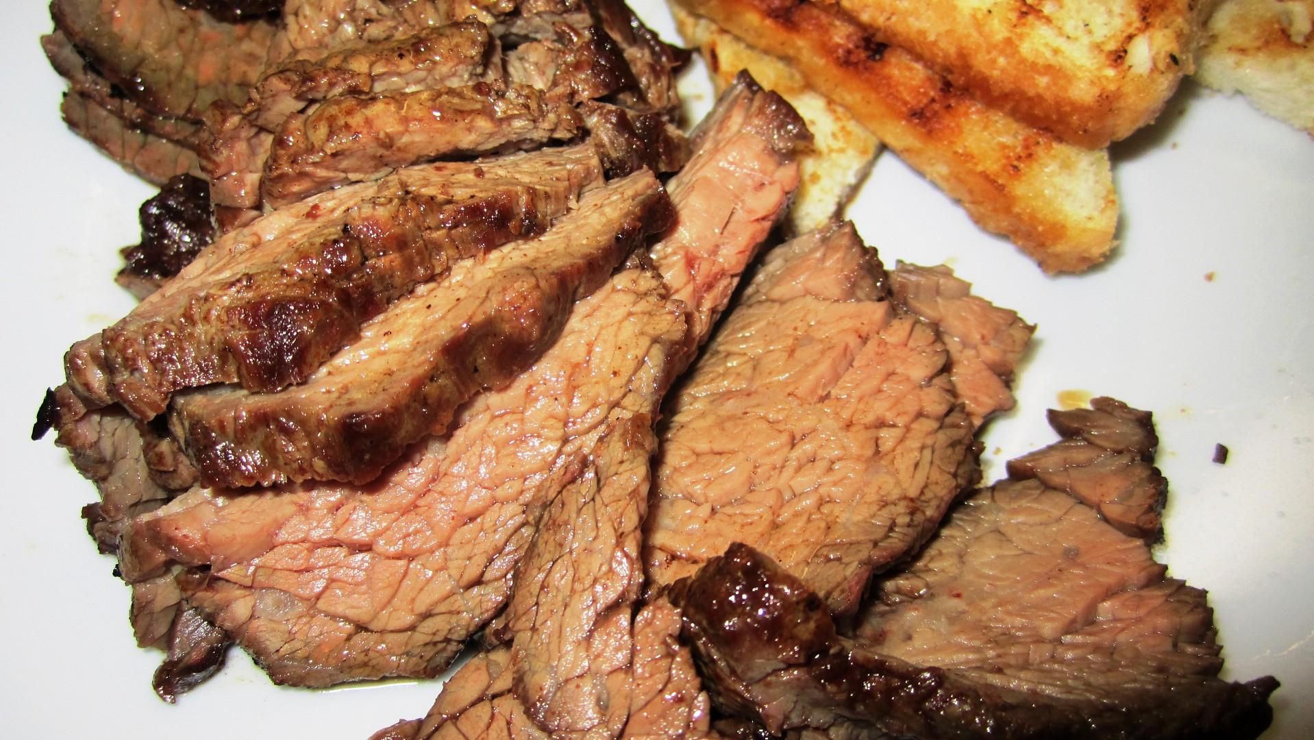 Steak z hovězího pupku – flank steak