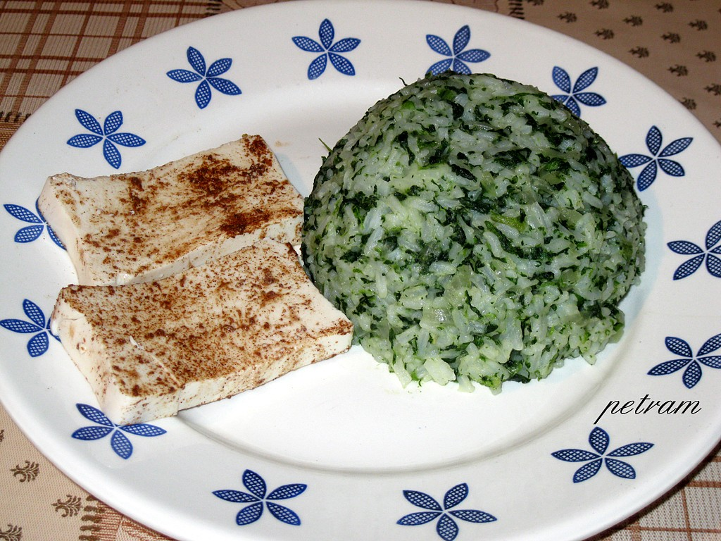 Tofu pěti vůní se špenátovou rýží