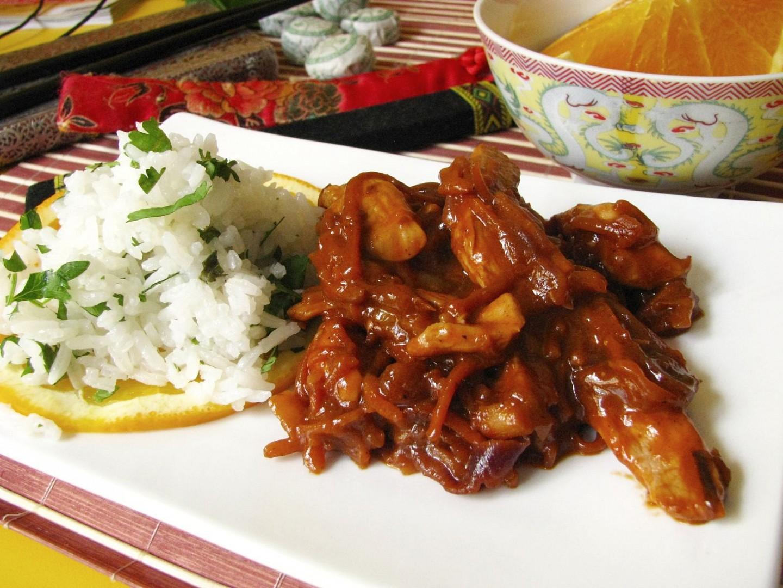 Wok - pražené zázvorové kuře