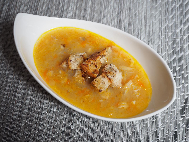 Zeleninová polévka s kapřím masem